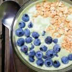zielone smoothie śniadaniowe