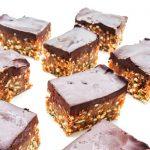 batoniki jaglano-orzechowe z czekoladą