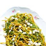 zielone spaghetti z fetą