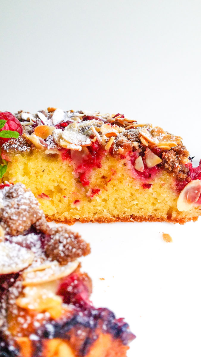 migdałowe ciasto z malinami
