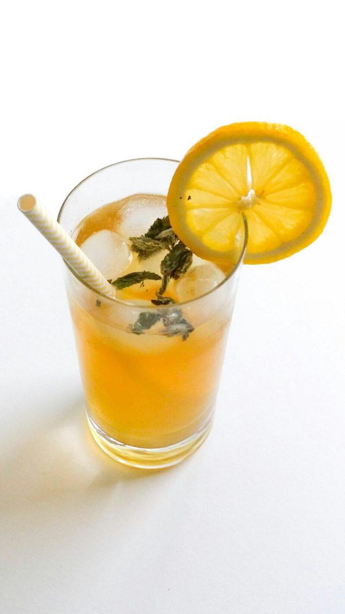 Mrożona herbata z czarnego bzu